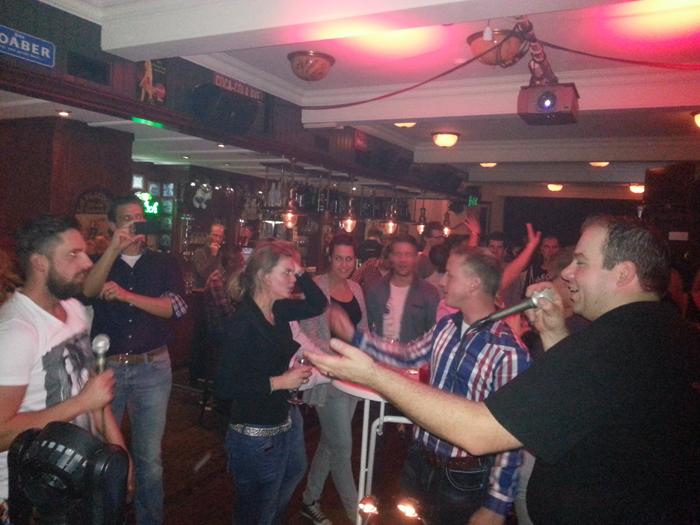 karaoke-hansie-2